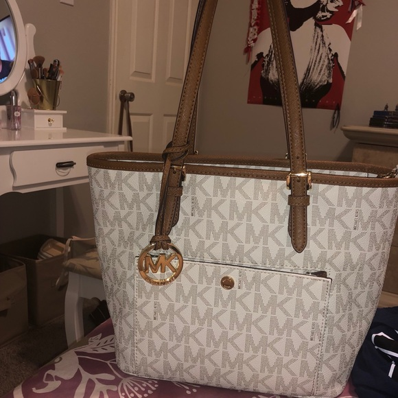 outlet for sale on feet shots of differently White & Brown MK purse